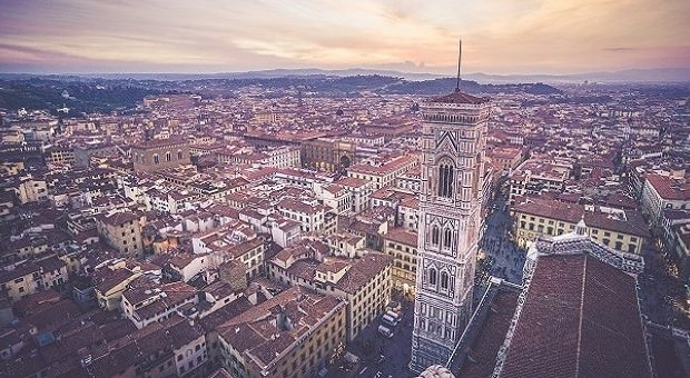 Firenze-Unsplash_mike-enerio