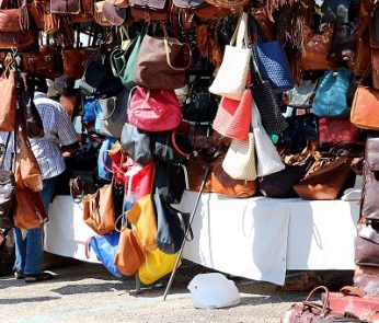 borse al mercato di san lorenzo a firenze