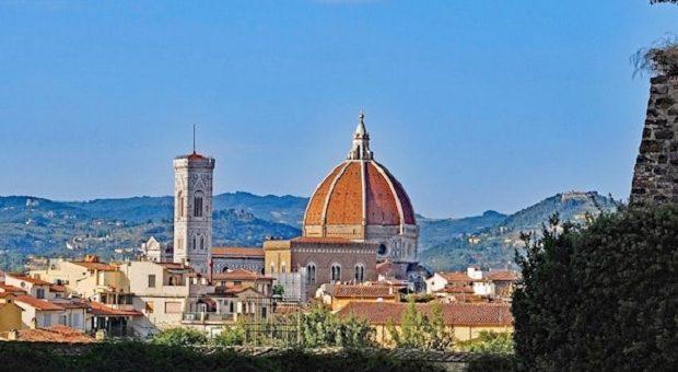 Cupola del Duomo di Firenze da lontano
