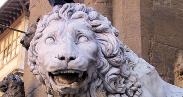 Marzocco, Statua in piazza della Signoria