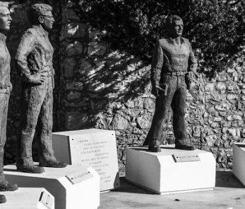 statue di caduti per la Liberazione del 25 aprile