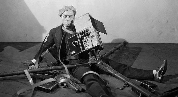 buster keaton nel film the cameraman