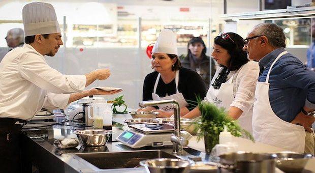lezione di cucina alla scuola Lorenzo de' Medici