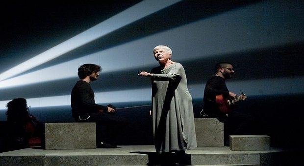 Ottavia Piccolo e l'Orchestra Multietnica di Arezzo