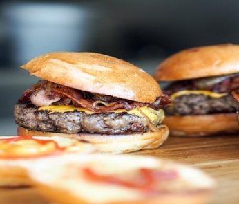 Hamburger e cibo da strada