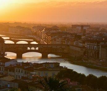 vista al tramonto di Firenze