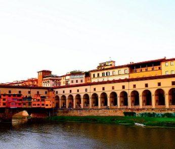 Firenze vista dall'Arno